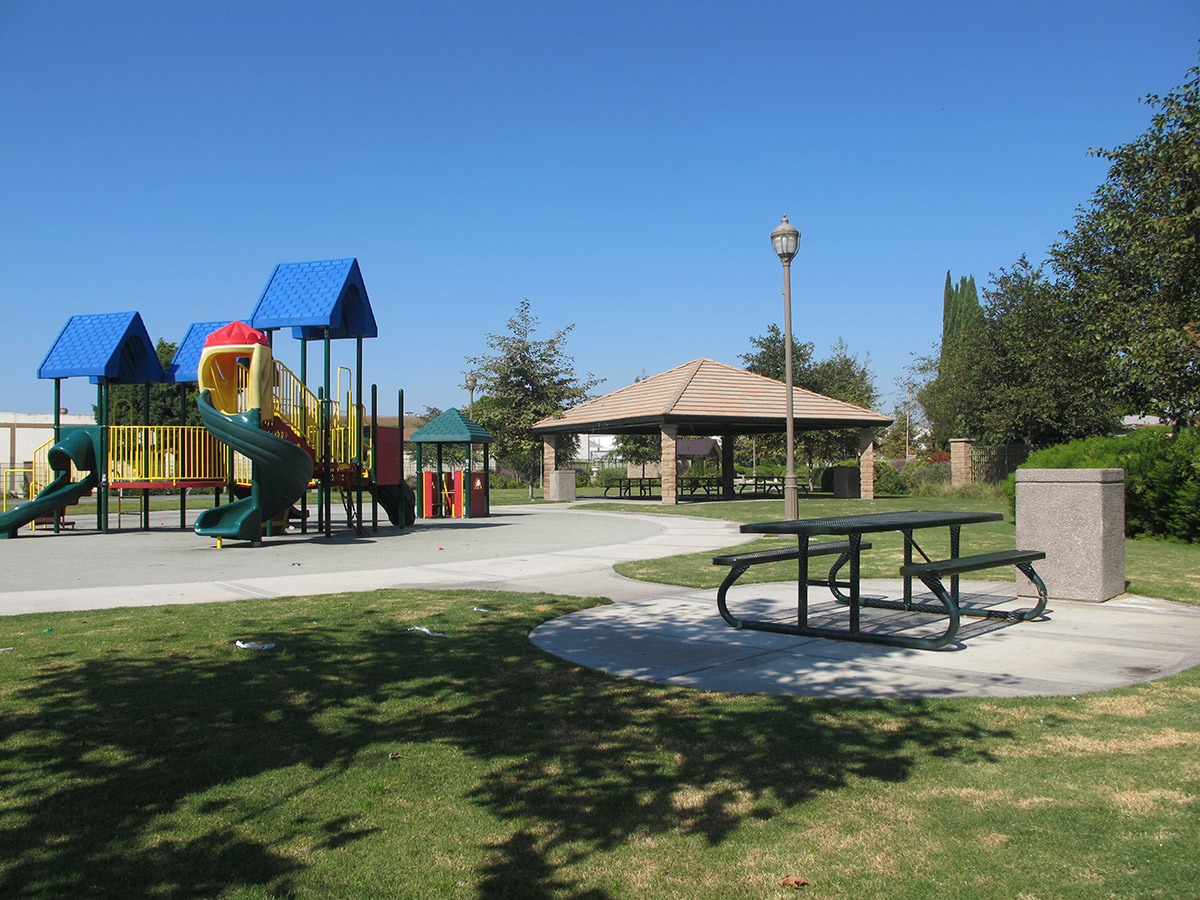 "Featured image for ""Lynwood Meadows Park"""